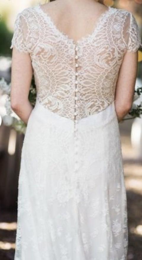 Carolina Herrera Claudette Wedding Dress   Used Twice