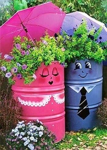 Little Garden Space: Old Drums Into Cute Garden Container | Happy House and Garden Social Site