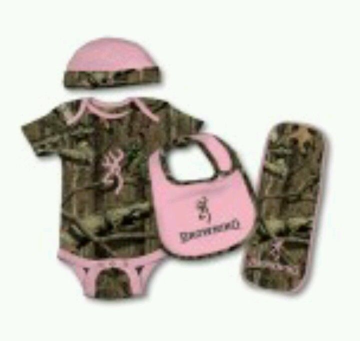 Pink and Camo Browning outfit. <3