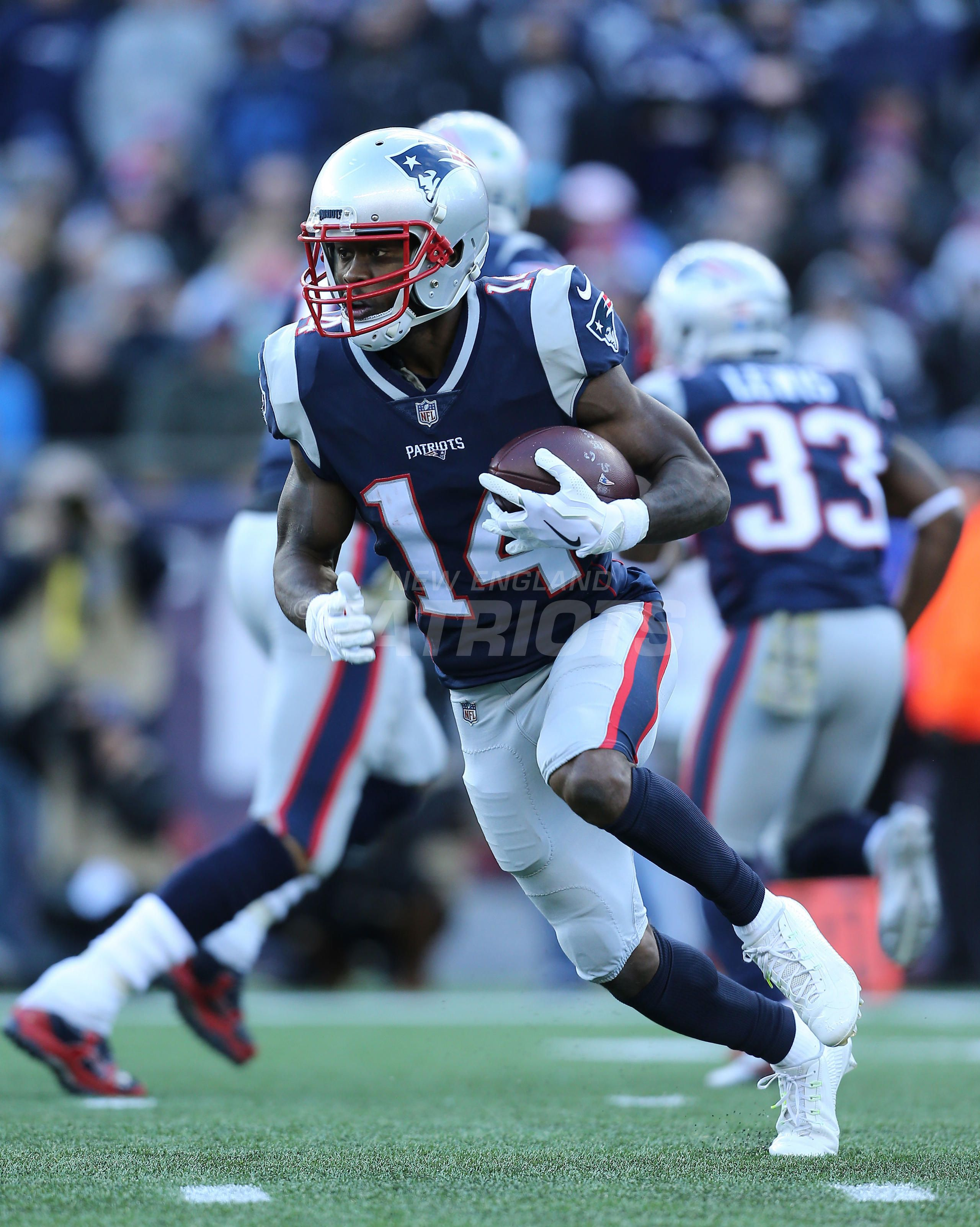 Silverman S Best Presented By Carmax Patriots Dolphins 11 26 Patriots Dolphins New England Patriots Patriots