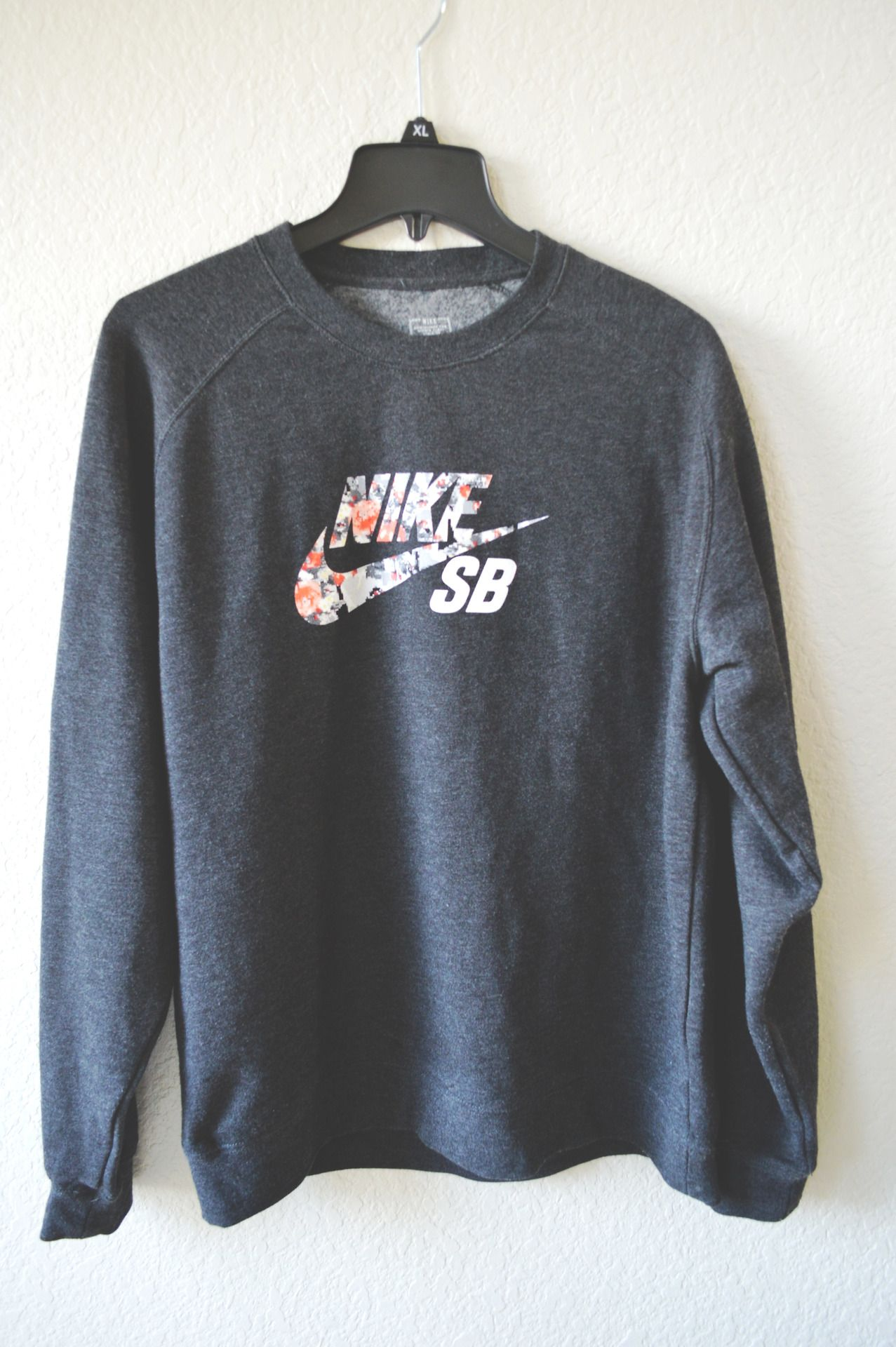Floral Roshe Nike Swoosh Sweat-shirt