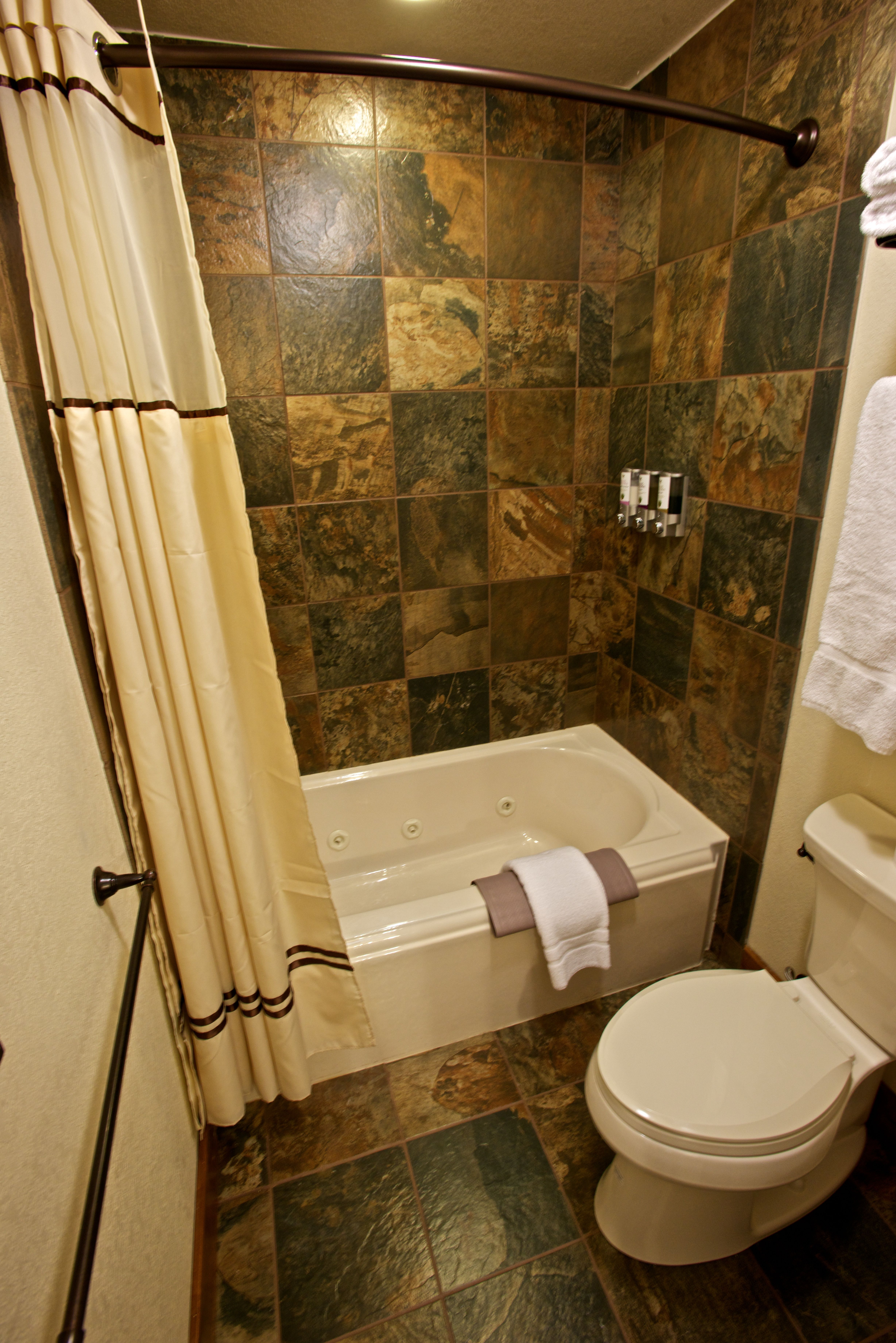 Brand new Premier Western Room bathroom, with jetted tub! | Lodging ...