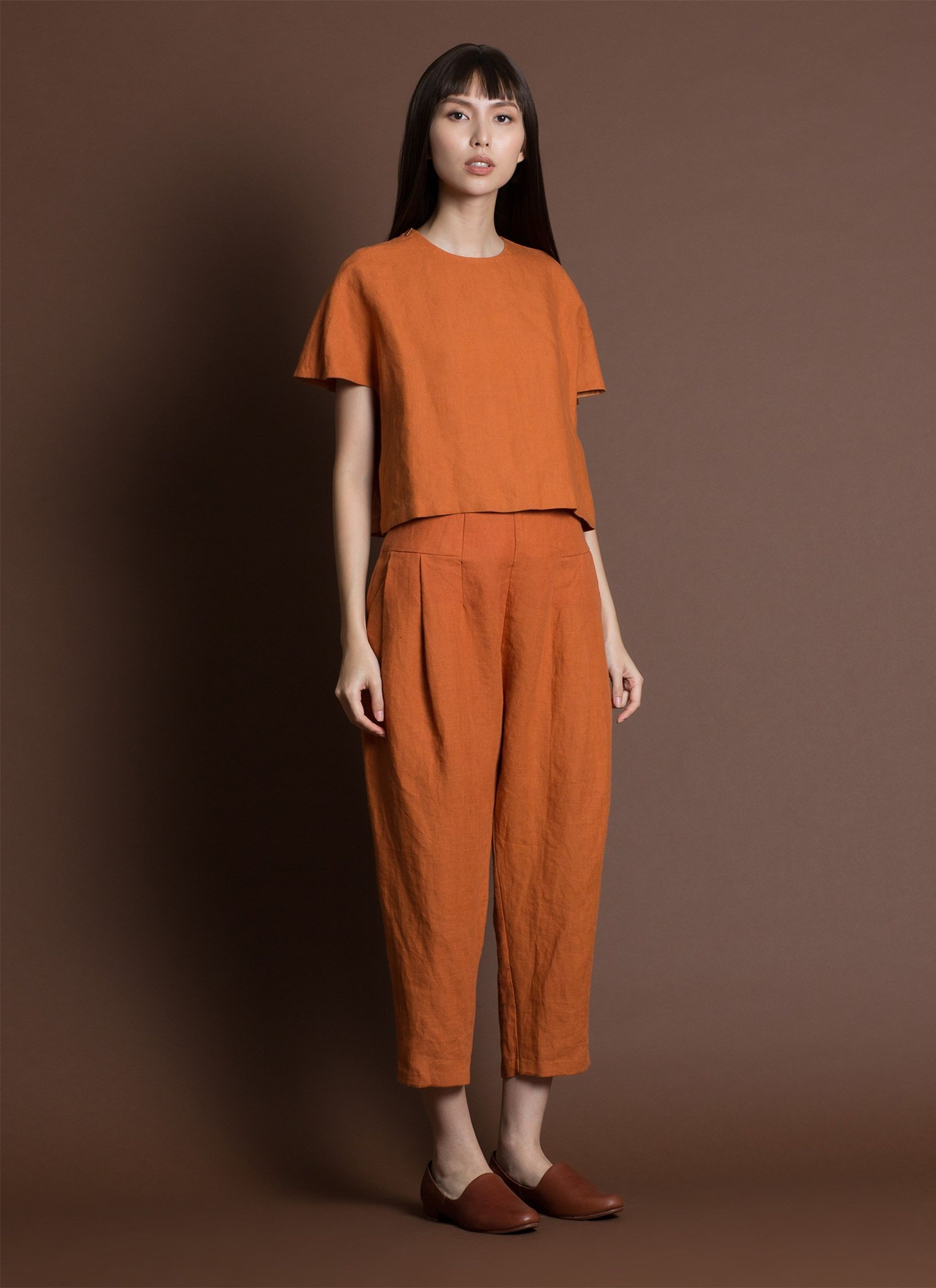 b4b1566e7b Ceiba Relaxed Pleated Cropped Pant w/Elastic - Red Sand in 2019 ...
