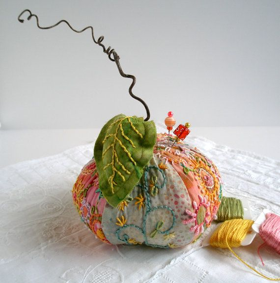Pincushion Apple