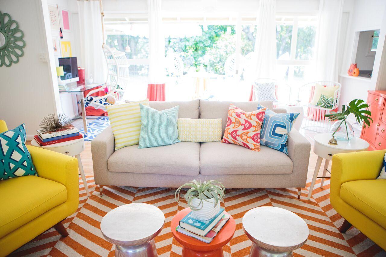 House Tour: Mrs. Lilien\'s Tropical Modern Abode - design ...