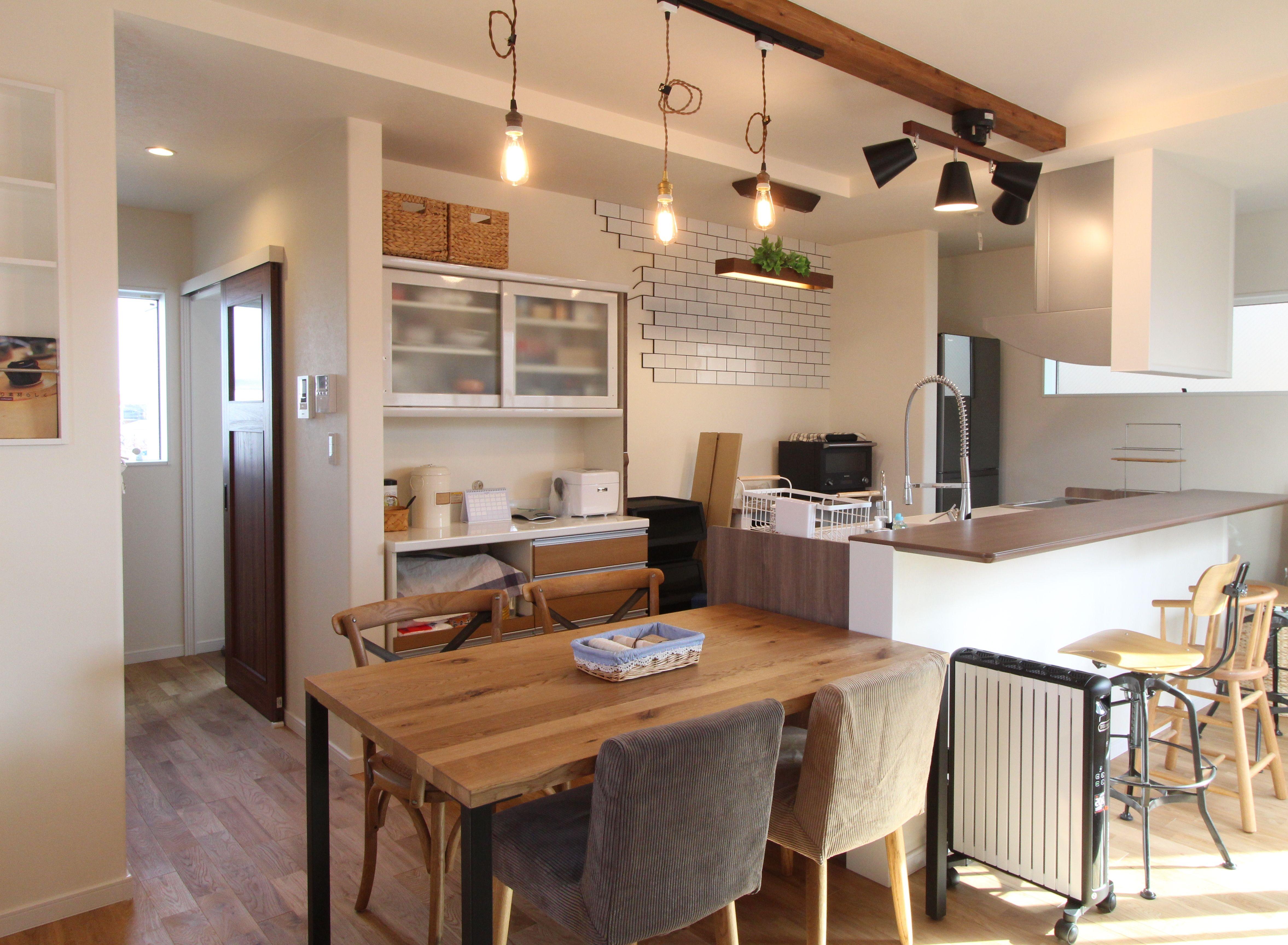 ラスティック ビンテージ スタイル ハウス 2階リビング 特大バルコニー カウンターキッチン 家 キッチン 2階リビング