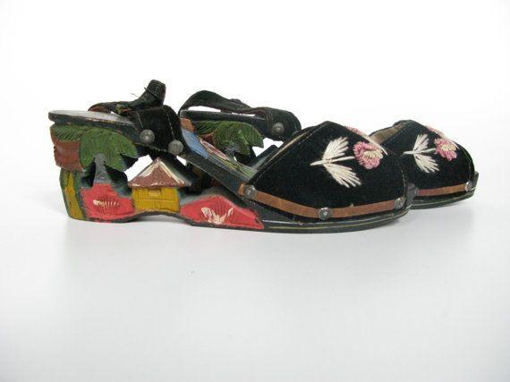 1940s Carved Platform Wooden Wedges, Philippine Souvenir Sandals, Vintage Shoes, Pin Up