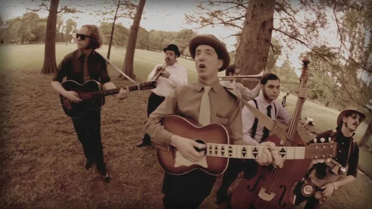 So Long Honeybee Goodbye Pokey Lafarge The South City Three Official Music Video Youtube Videos Music Roots Music Music Videos