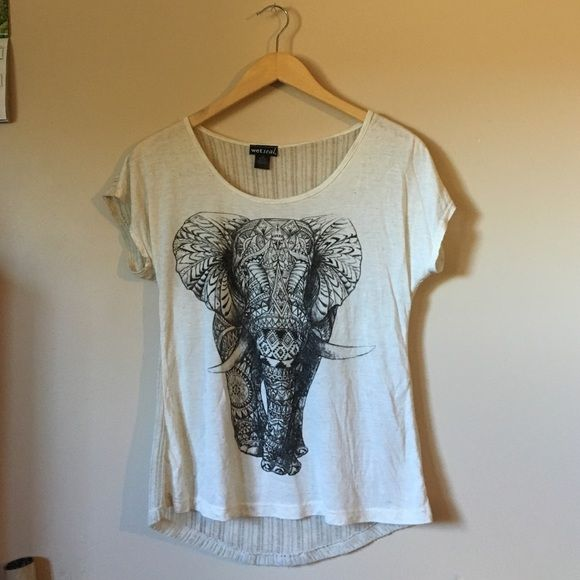 T shirt, cool back See through back, worn a couple times, ask for details, make offers! Could also fit S or M Wet Seal Tops Tees - Short Sleeve