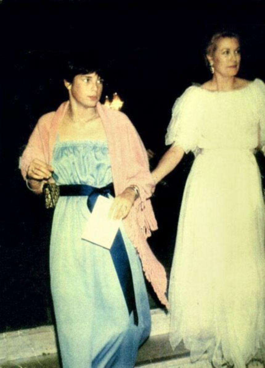 Princess Grace with her daughter, Princess Stephanie, in 1982