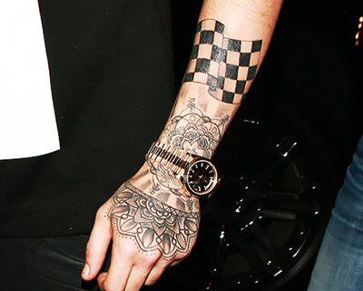 Do You Know All Of Zayn Malik S 51 Tattoos Tattoos Zayn Malik Tattoos Girlfriend Tattoos