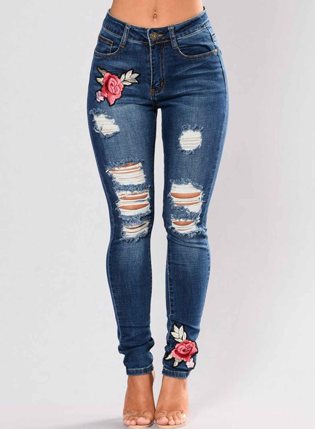 7a1c2284f42 DIY-How-to-Rip-Your-Jeans- | Fashion | Diy ripped jeans, Riped jeans, Jeans