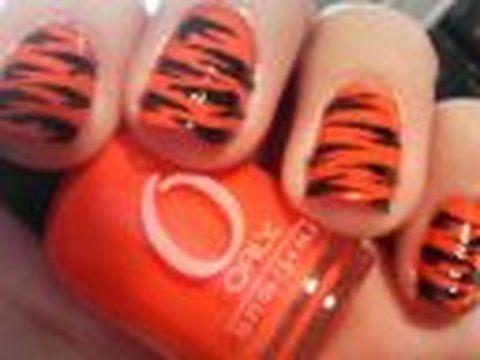 Howto Tiger Stripes Nail Design Nail Tutorial Nails Pinterest