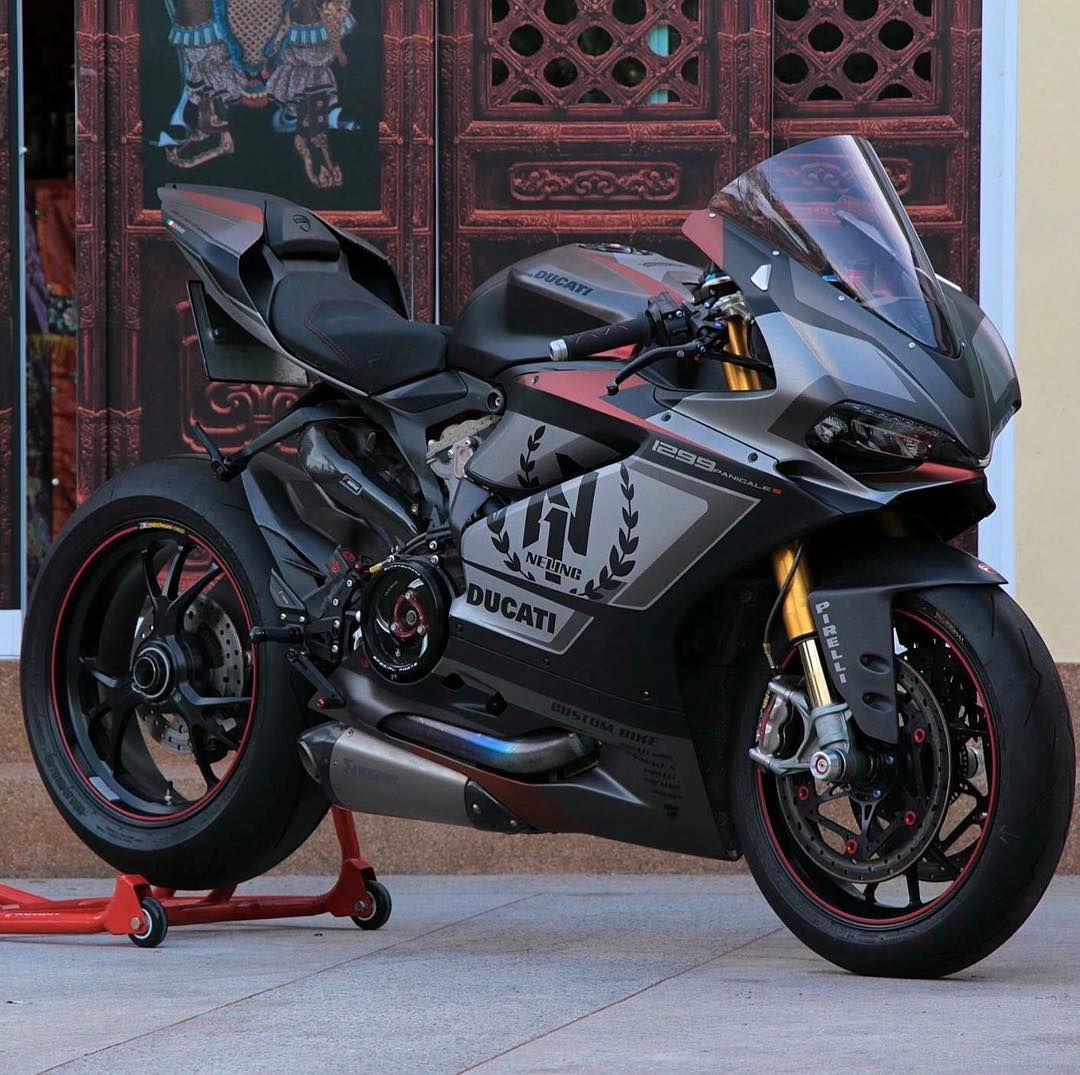 Pin By King Kenna On Motorcycles Ducati 1299 Panigale Ducati Motorcycle