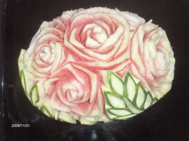 Edible glamour toronto fruit vegetable carvings