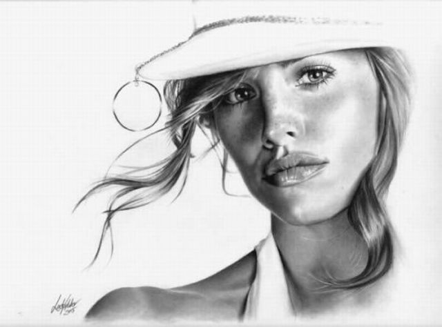 Linda huber pencil art a self taught professional graphite pencil artist with more then 40 years experience most of her drawings take betw
