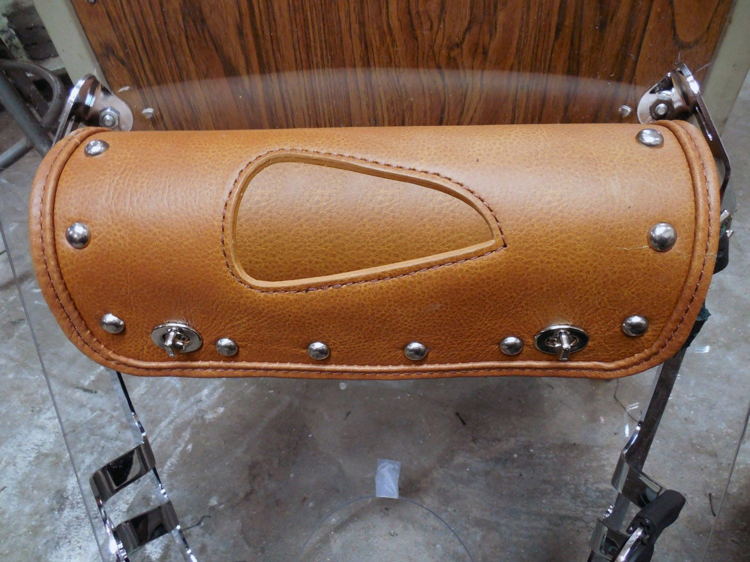 Scout Windshield Bag 12 Indian Tan Leather With Optional