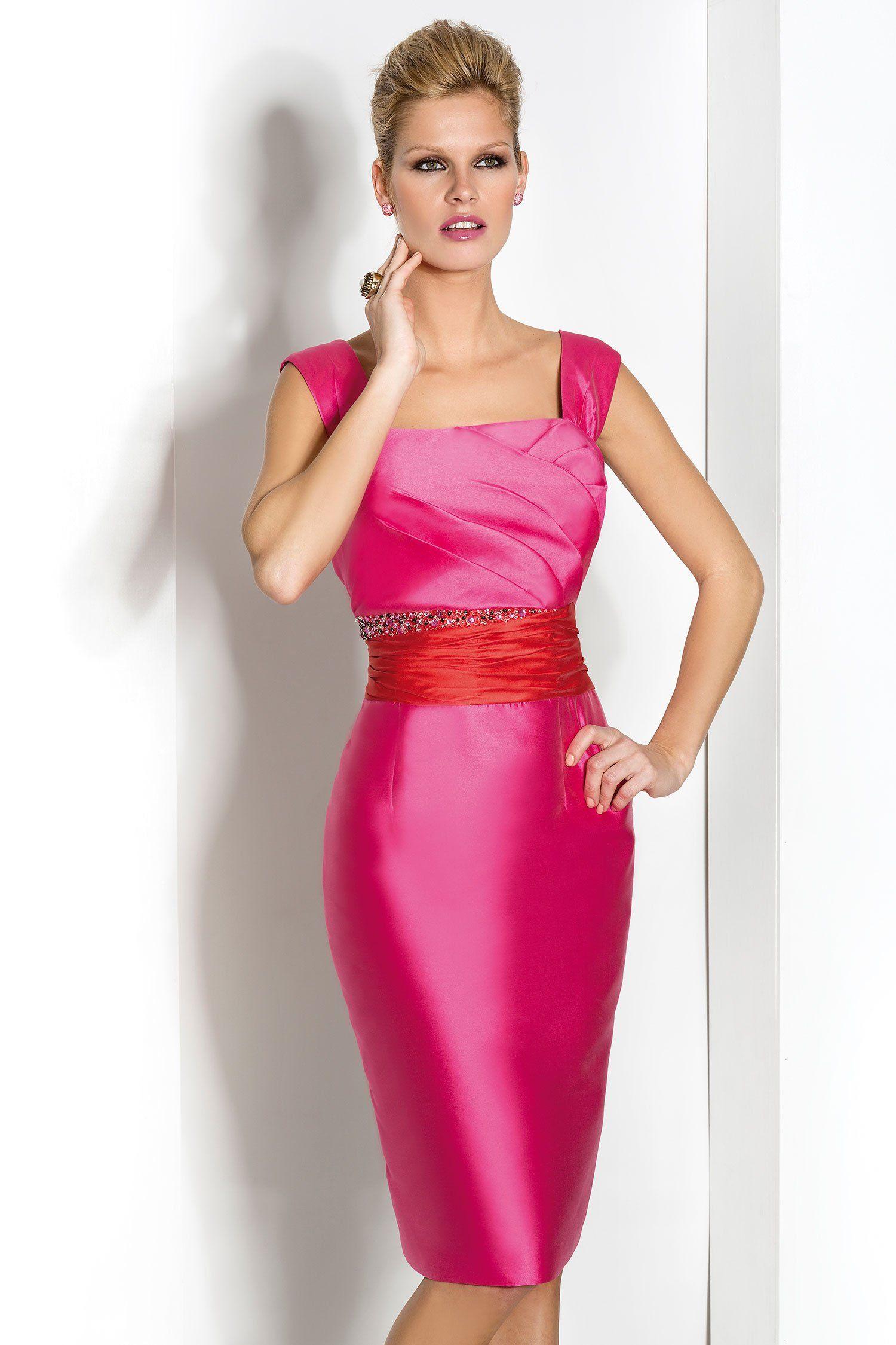 Conjunto de madrina con vestido corto y escote cuadrado | Escote ...