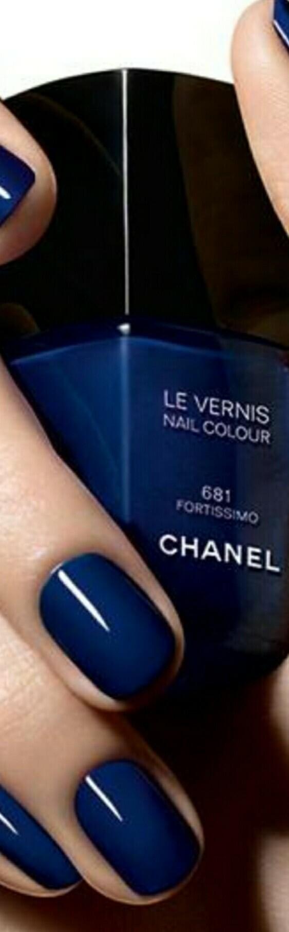 Pin de Cheryl smyth 2 en <Blue Forever> | Pinterest | Esmalte, Uñas ...