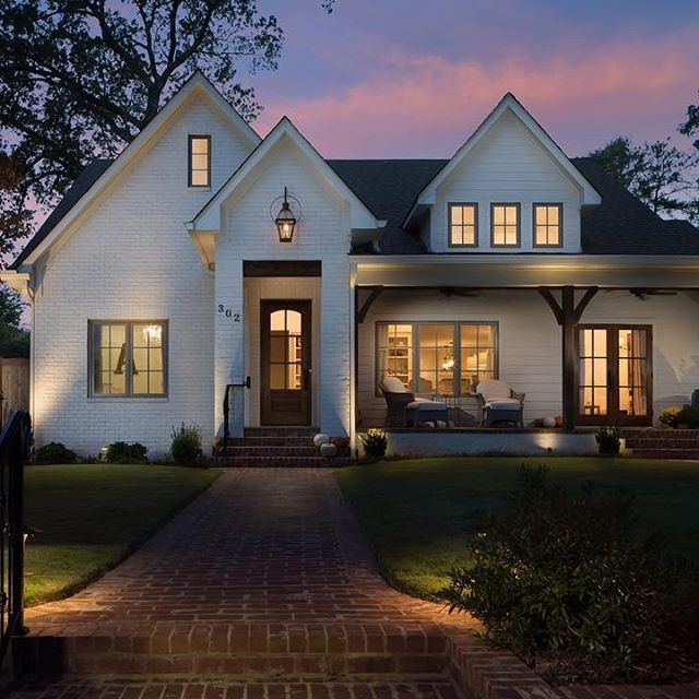 Clairmont Cottages Birmingham Al: #twilight Exterior Of The Home I Recently Photographed For
