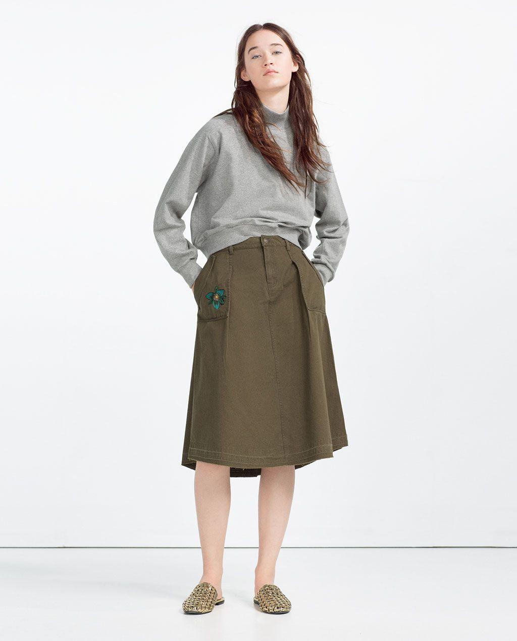 Image 1 of CROPPED SWEATSHIRT from Zara
