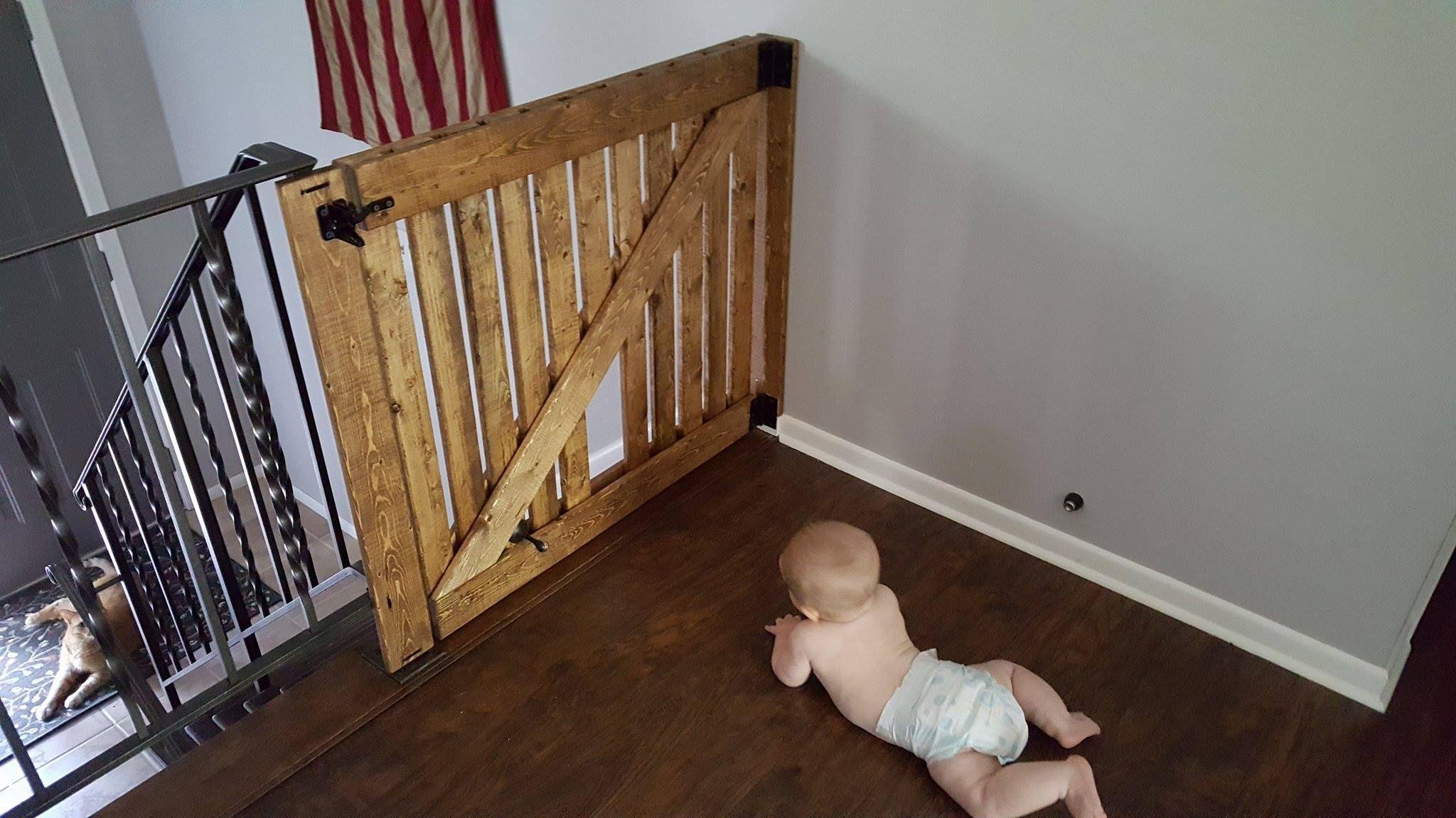 Diy Barn Door Baby Gate With Pet Door Instructions Diy Baby Gate Cat Door Diy Barn Door Baby Gate