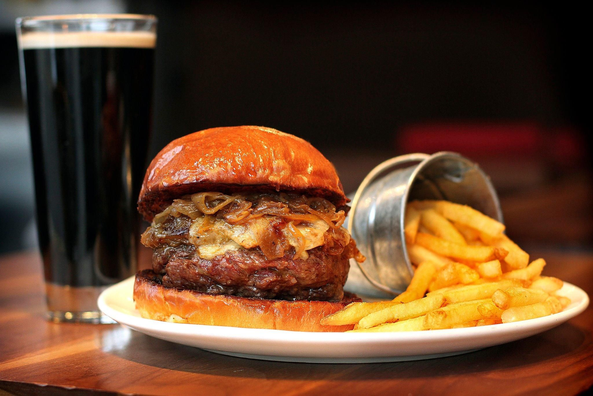 Townhouse Best Burger Reviews Find The Burgers In World Cheese