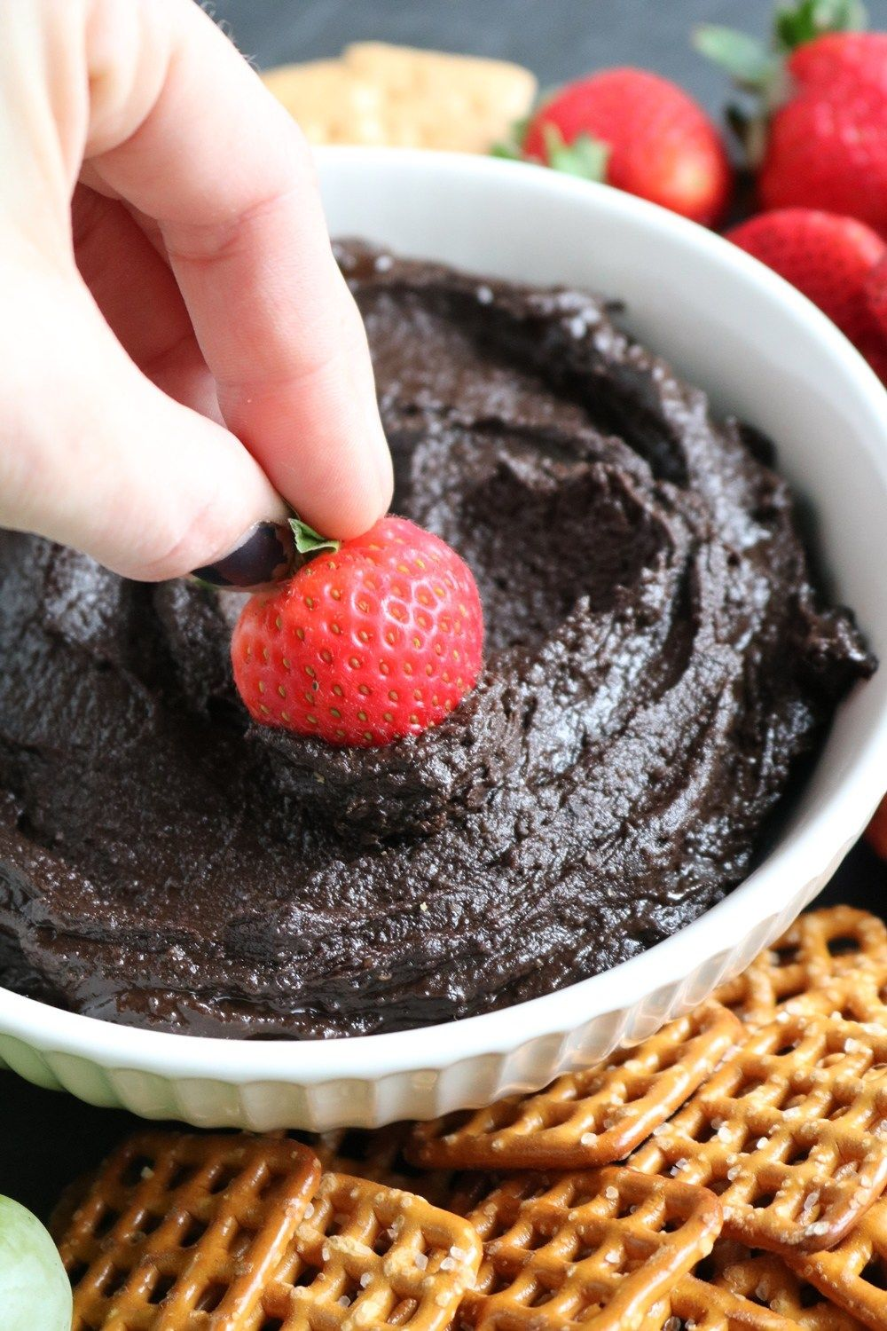 Dark Chocolate Peanut Butter Dessert Hummus | The Spiffy Cookie
