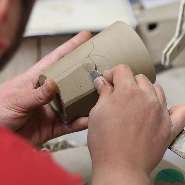 A close up showing the use of marking out the lines as a guide to cutting. #make #maker #ceramics #ceramic #pottery #studiopottery #craft #craftmanship