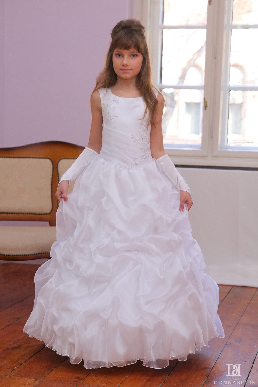 elsőáldozó ruha - Yahoo Image Search Results  8ffa0c98e1