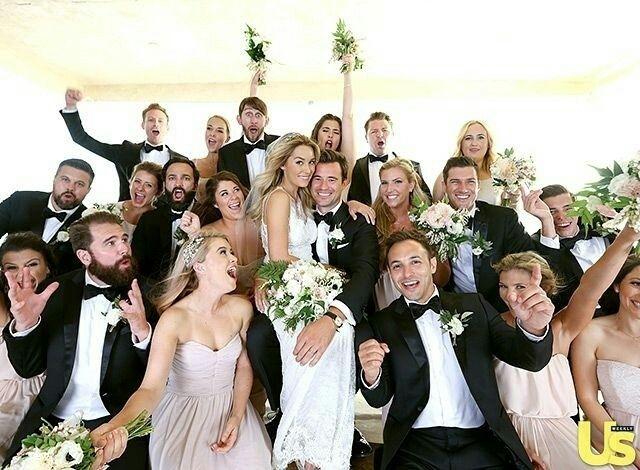 Um foto especial com noivos, padrinhos e madrinhas! ✨ Marquem o pessoal!