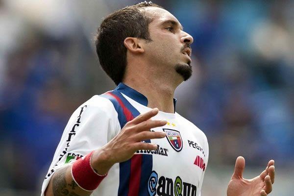 Giancarlo Maldonado, jugador del Atlante F.C. fue detenido en Cancún y trasladado a la cárcel por delito de incumplimiento de obligaciones familiares