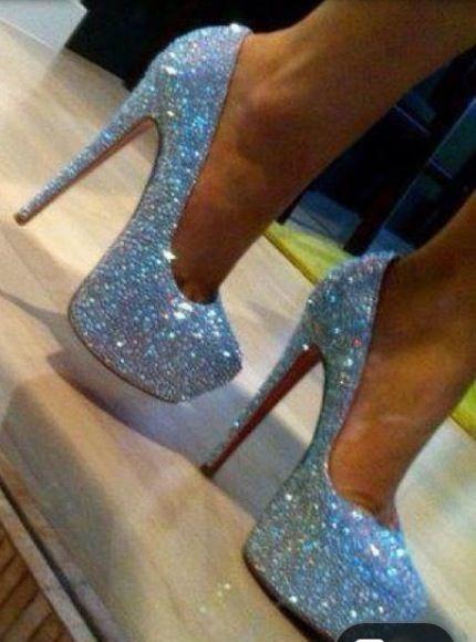 i want these for 8th grade soon d r e s s u p