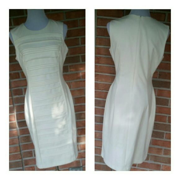 Simply Stunning Calvin Klein Sleek Dress SZ 6 Gorgeous Dress in size 6 by Calvin Klein. ..cream color...Gorgeous...see pics for details Calvin Klein Dresses