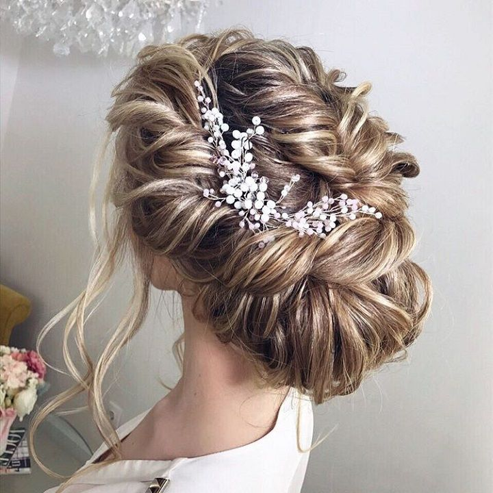 Beautiful Wedding updos for long hair | fabmood.com #weddinghair #weddinghairstyles #bridalhairstyle #weddingupdos #updo #bridalhairvine