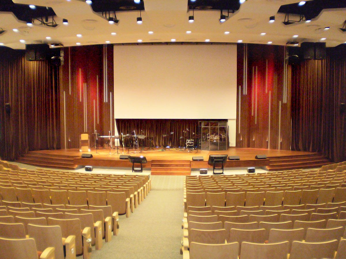 churchsanctuarydesign provide versatility and lower stage volume at - Small Church Sanctuary Design Ideas