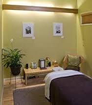 massage therapy room idea