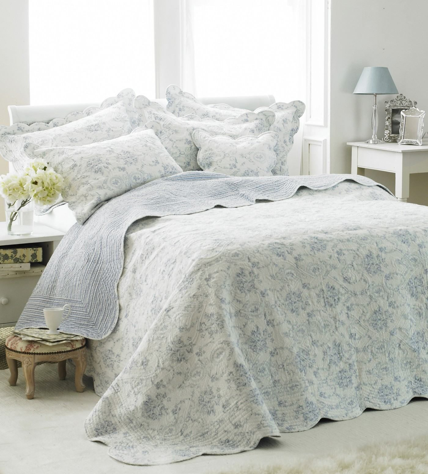 White Bedspread 100 Cotton Quilted Bed