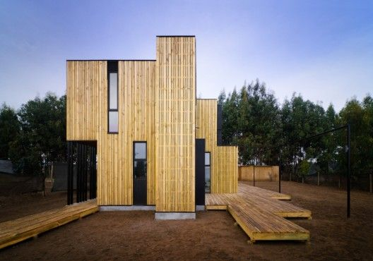 SIP Panel House / Alejandro Soffia + Gabriel Rudolphy