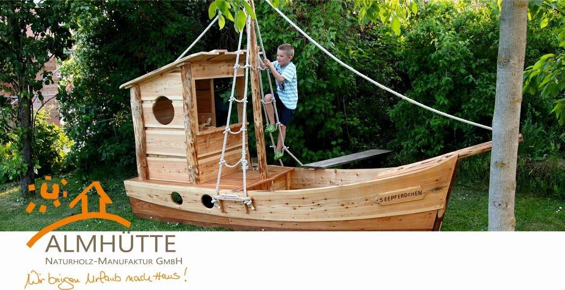 Spielschiff Seepferdchen Almhutte Naturholzbau Kinder Gartenhaus Spielgerate Fur Draussen Baumhaus Designs