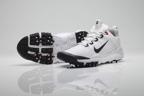 finest selection 53808 8f896 ... Tiger Woods x Nike Free Golf Shoe Prototype ...