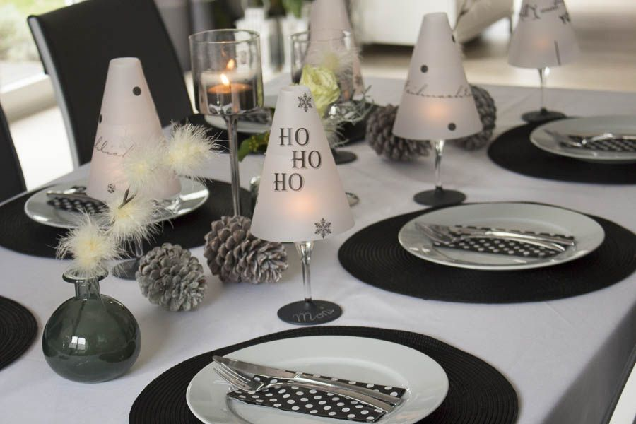 diy tischl mpchen aus einem weinglas f r die. Black Bedroom Furniture Sets. Home Design Ideas