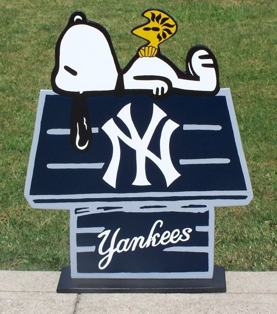 Ny Yankees New York Yankees Snoopy Peanuts Doghouse With Woodstock Done Wood Decor Sign In Brillant Team Colors Ny Yankees New York Yankees Yankees