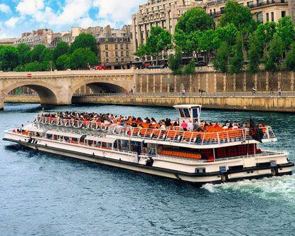 Boat Tour Of The Seine River Paris France Boat Tours