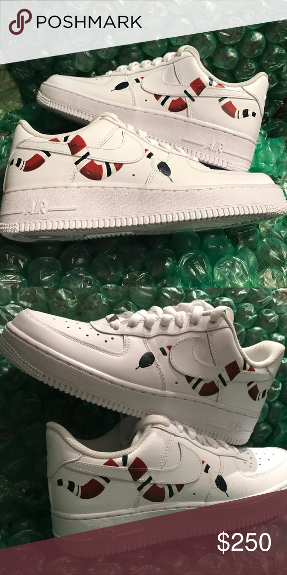 Gucci Custom Air Force 1s New Women s Size 8 All White Nike Air Force Ones.  Gucci snake customs. These are hand painted with shoe leather paint 66346ffe4