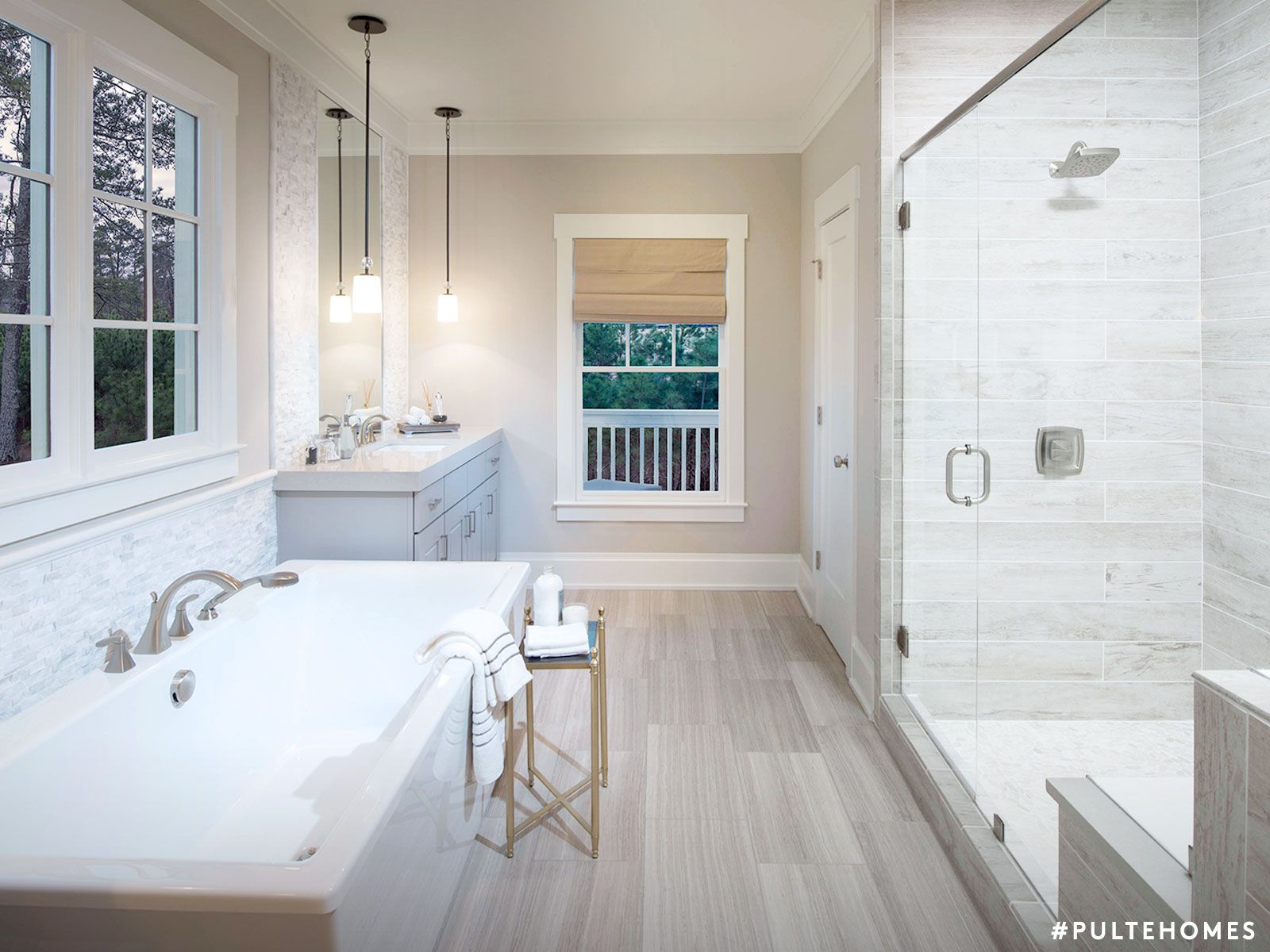 Select Bath Options That Let You Recharge In A Modern,