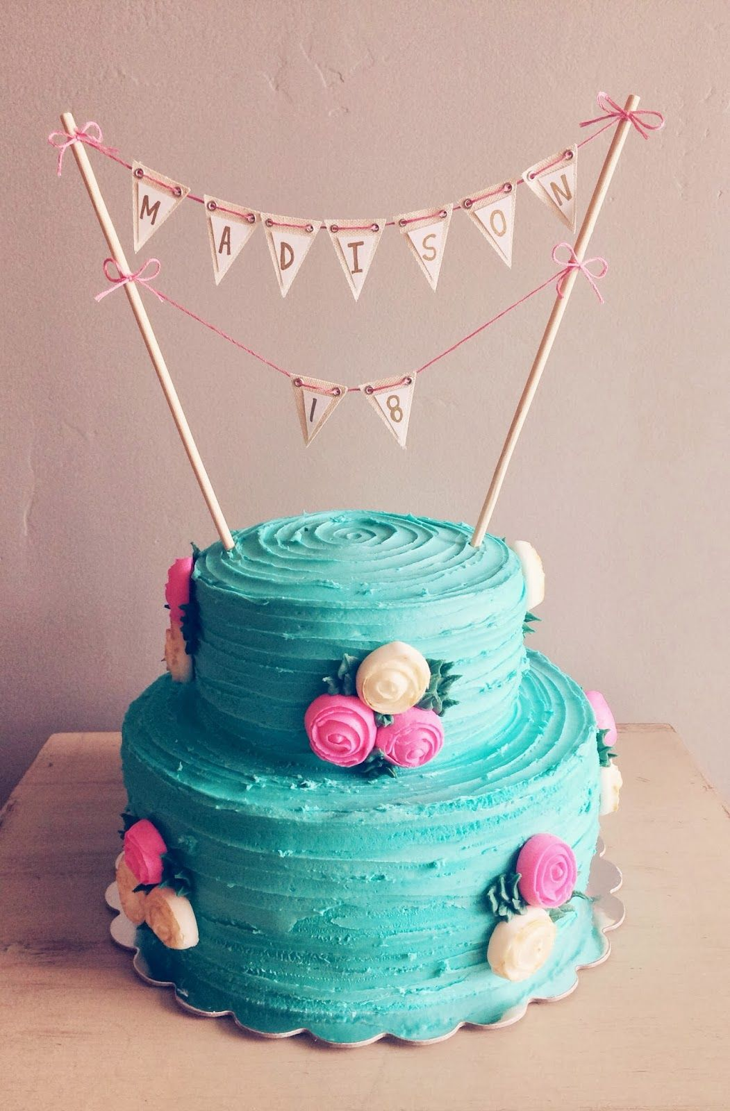 Simple Cake Design For Ladies : 18th Birthday cupcakes Pinterest Birthdays and Cake
