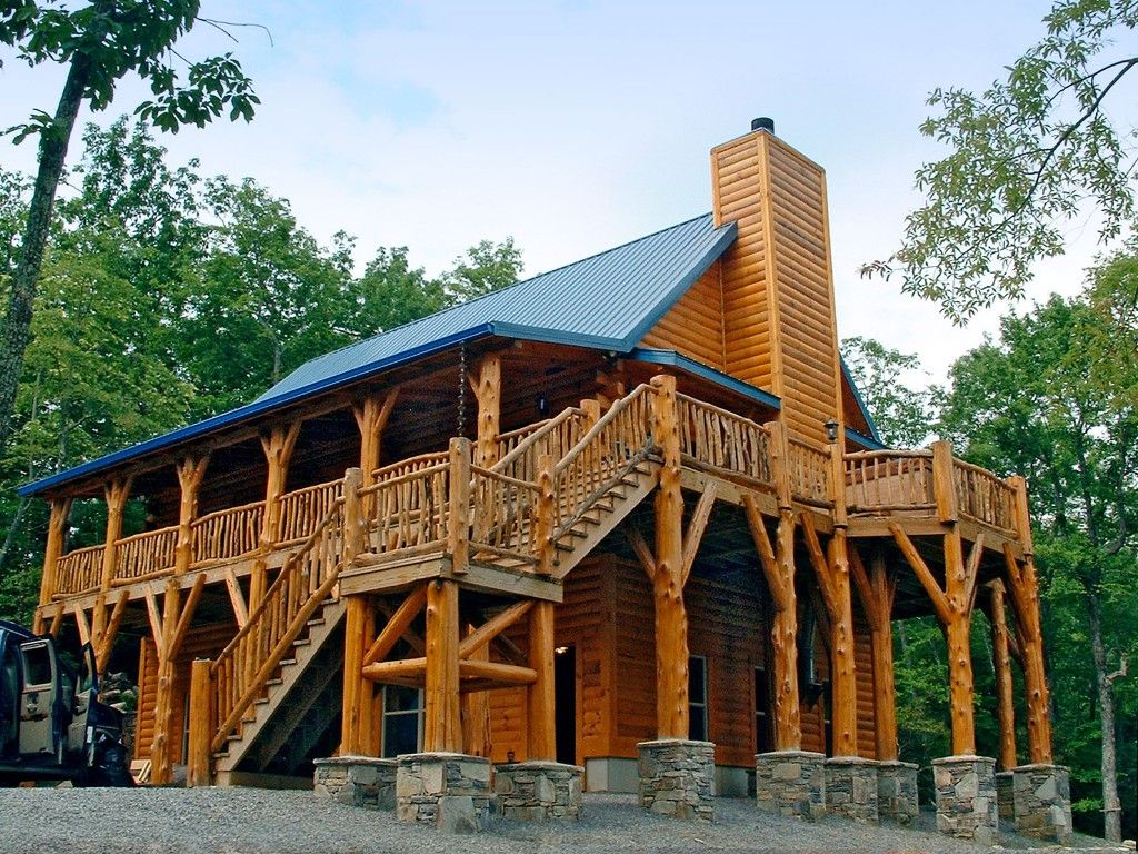 Good location - has hot tub, fire pit, pool table, ping pong - Black Mountain Cabin Rental: Highrock Haven - Long Range Views / Hot Tub / Game Room / Creek / Close To Town | HomeAway