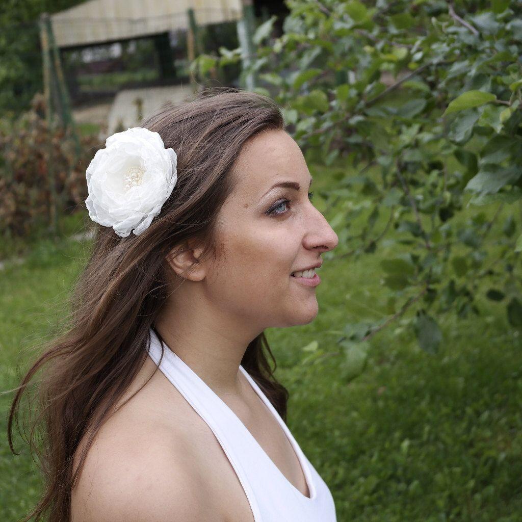 white hair clip flower clip bridal hair barette wedding hair piece hair flower white floral clip wedding hair clip white flowers