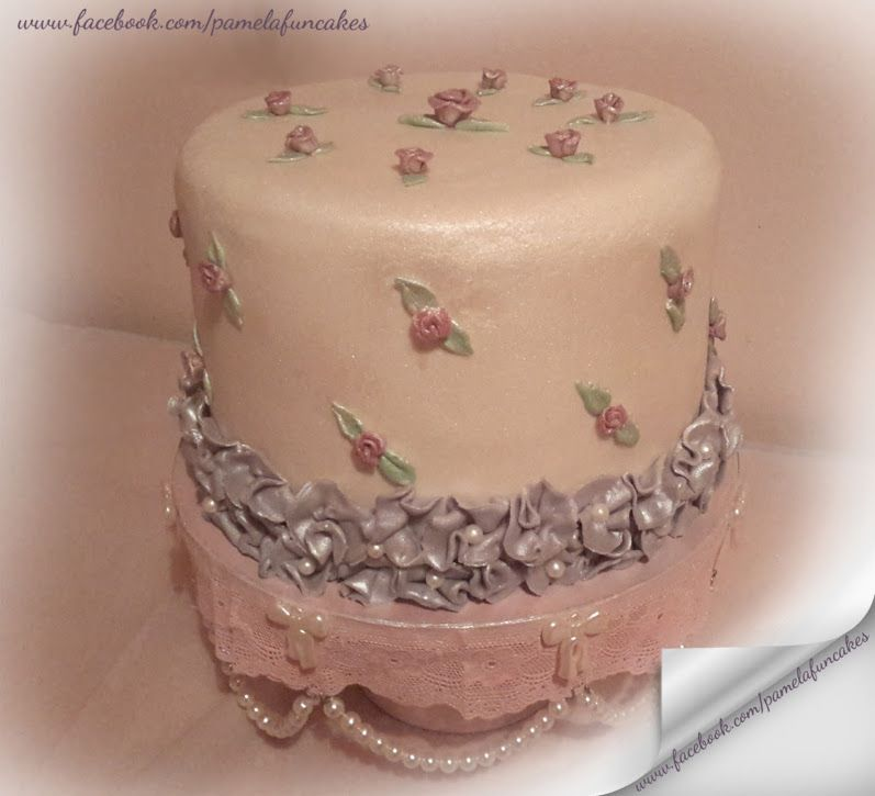 Romantic rose cake  -  Pamela Grootendorst - Google+